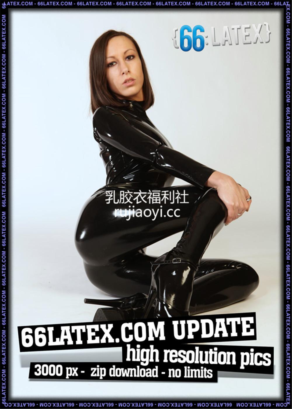 [66Latex] 高跟黑色魅惑乳胶衣秀完美身材(二)