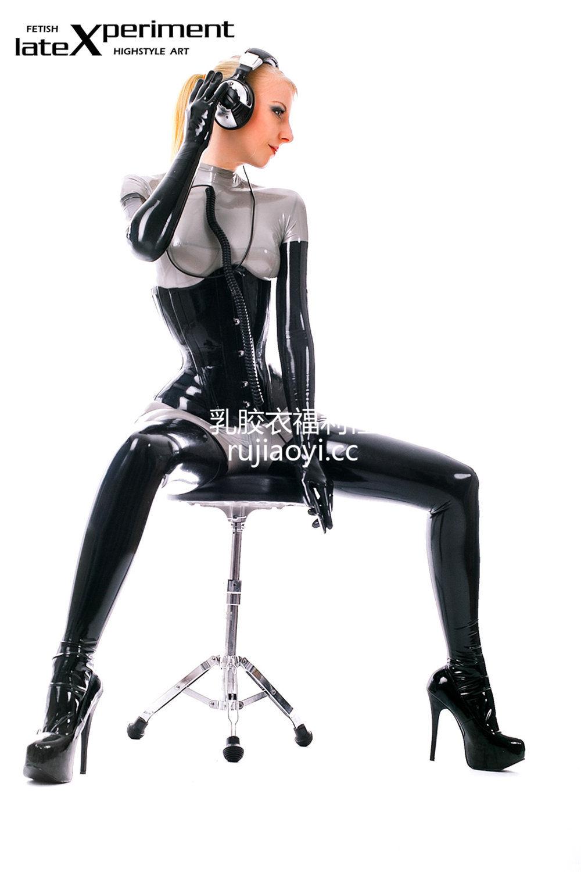 [LateXperiment] 极品少妇乳胶衣高挑身材人体艺术图片