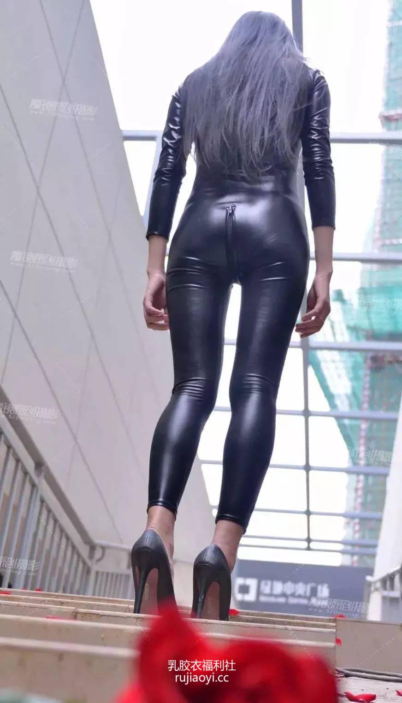 [免费资源] NO.013 这连体紧身皮裤也太美了吧!