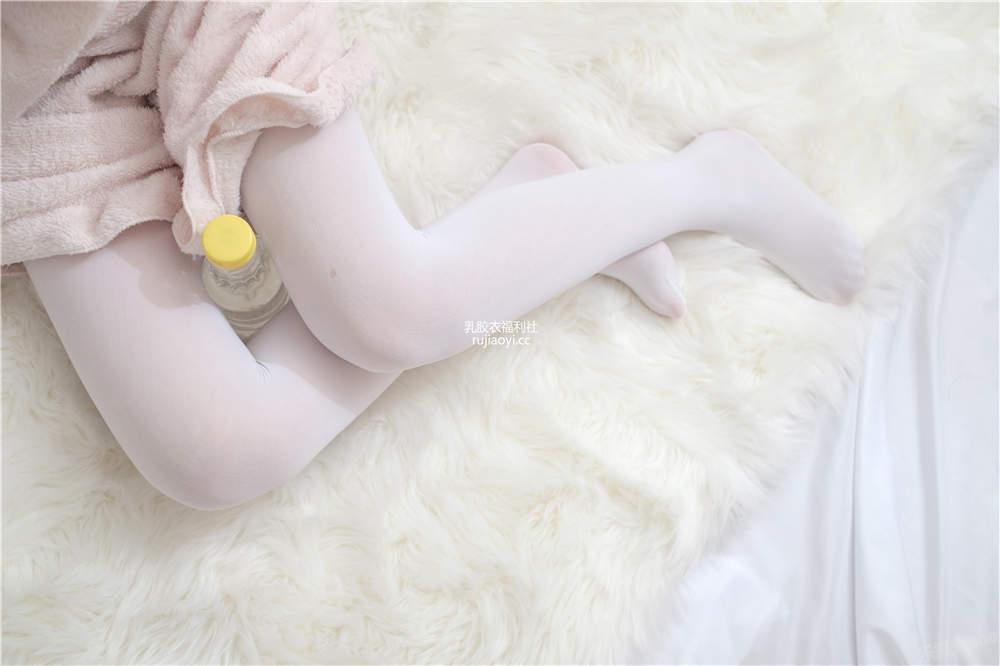 [喵写真] PR15 001 萝莉妹妹白丝美腿 [106P1V645M]