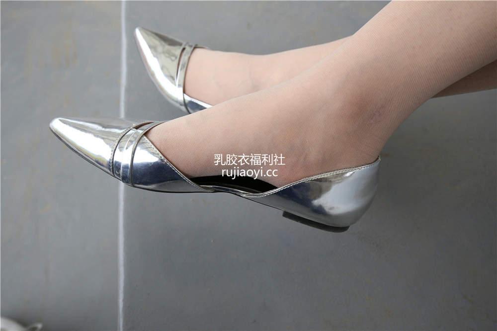 [SZFLK图集] Vol.005 肉丝制服尖头平底鞋 [220P1.27G]