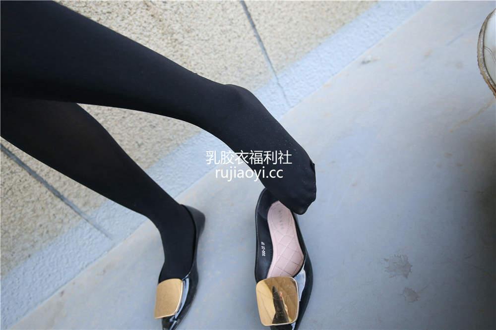 [SZFLK图集] Vol.001 短裙厚黑丝平底鞋 [314P1.65G]