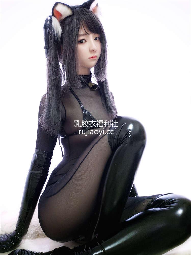 [网红杂图] 一小央泽 - 黑猫巧克力派 [34P9V368M]