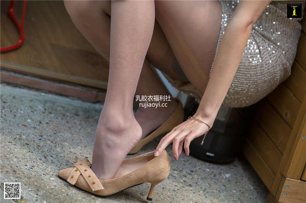[IESS异思趣向] 丝享家 NO.501-505 5期打包合集黑丝袜美腿高清百度云下载