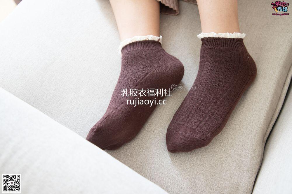 [物恋传媒] 084期:miya-今日份的迷醉型少女(棕色棉袜) [134P1V1.13G]