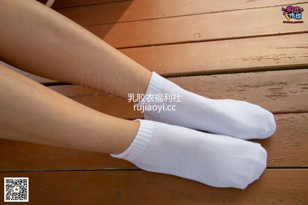 [物恋传媒] No.032 清水出芙蓉,天然去雕饰,黑色跑鞋配纯纯白棉袜 [178P1V1.03G]
