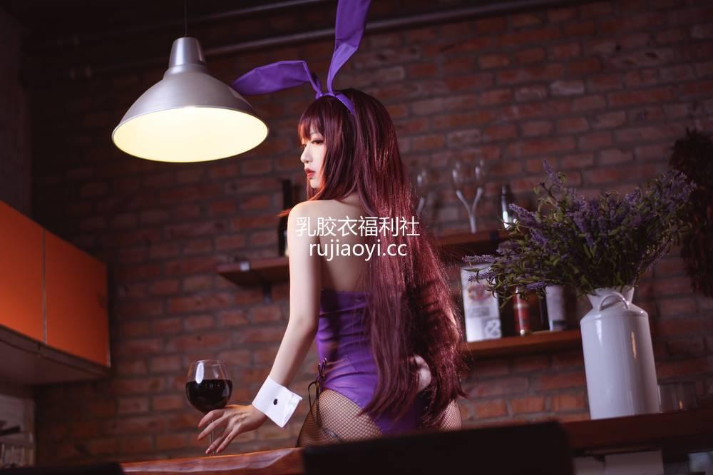 [网红杂图] Shika小鹿鹿 - 兔女郎师匠 [11P99MB]