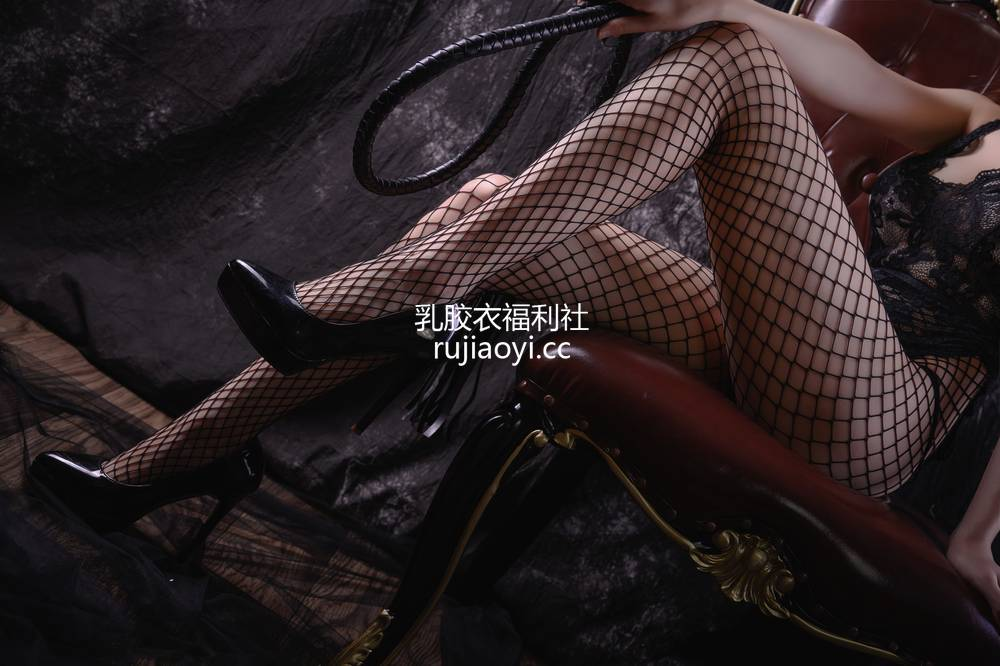 [网红杂图] 抖娘-利世图集 - 魅魔 [36P680MB]