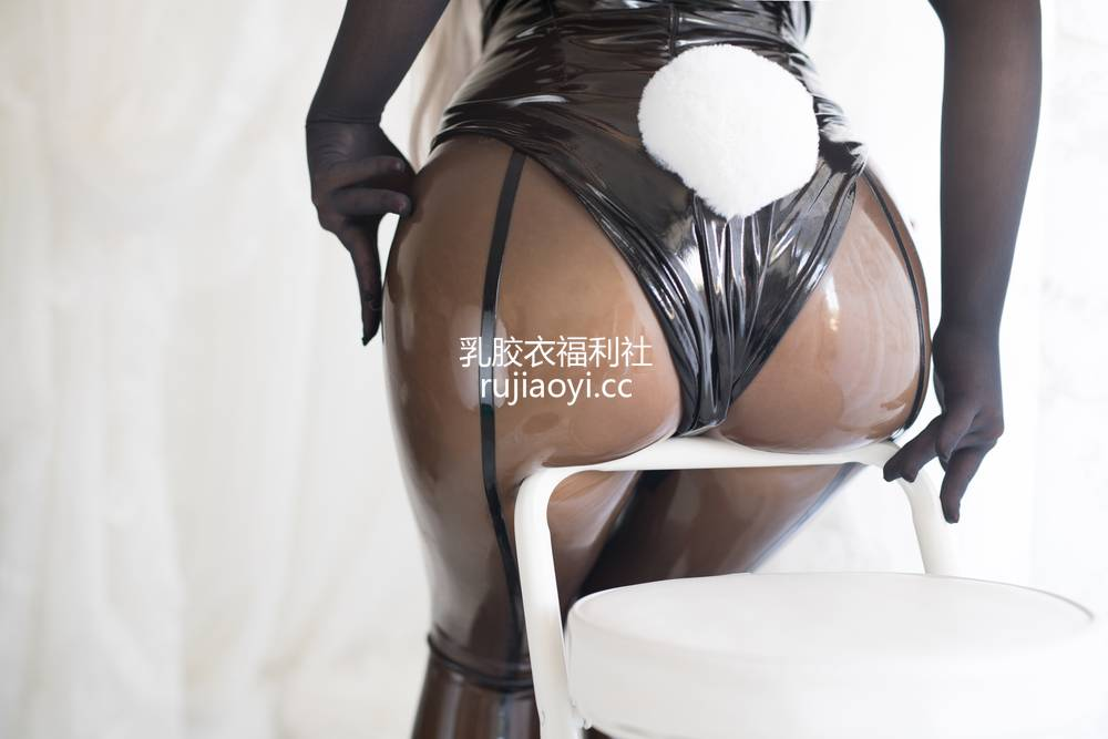 [网红杂图] 白烨 -  可畏兔女郎 [79P17V1.6G]