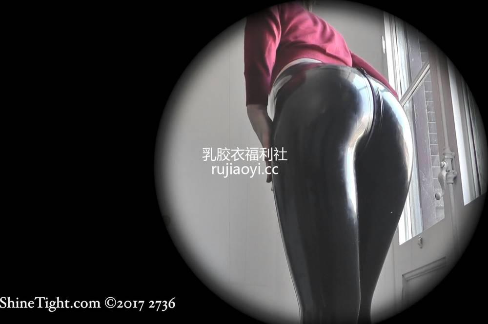 [永V专享-独家精品乳胶衣视频] 偷拍胶衣妹子完美曲线体态撩人-1080P高清视频 [1V143M]
