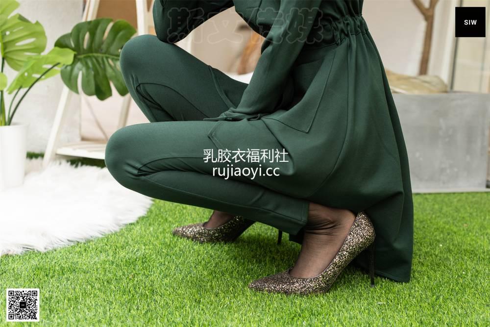 [SIW斯文传媒] VOL.062 女装店老板-甄珍 [65P236MB]