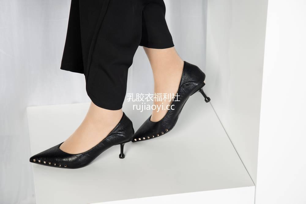 [奈丝写真] NO.033:晨静-阔腿裤小皮鞋,今日OL通勤 [30P216MB]