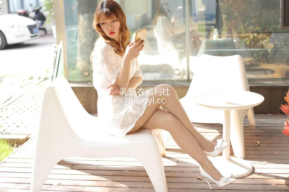 [奈丝写真] NO.053:高高-俏皮的蕾丝短裙2 [48P515MB]
