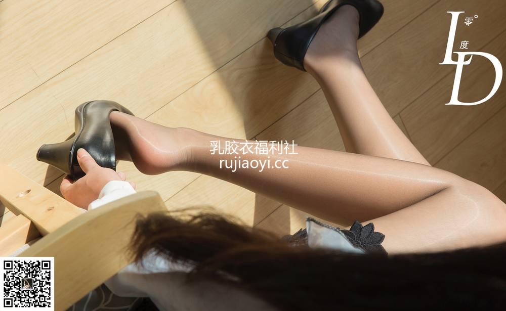 [LD零度摄影] NO.027 一含 黑色镂空包裙 [72P185M]