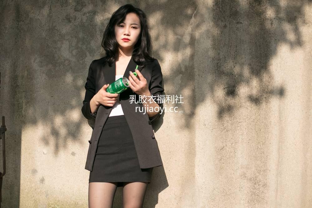 [奈丝写真] NO.061:小啊刀-西装&短裙&黑丝 [48P519MB]
