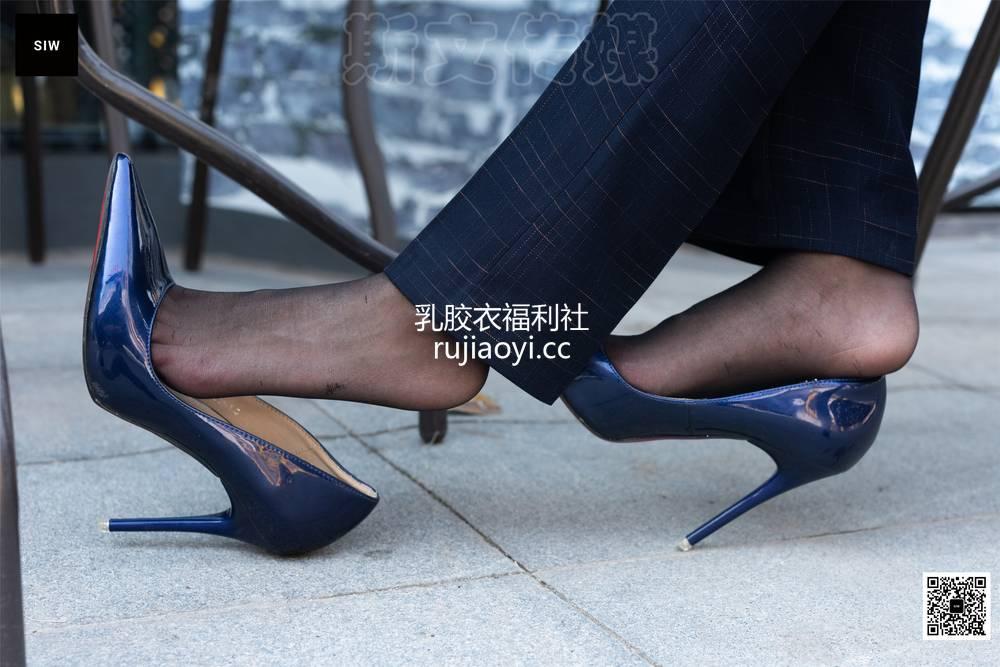 [SIW斯文传媒] VOL.061 西装黑丝—蓉儿 [67P193MB]