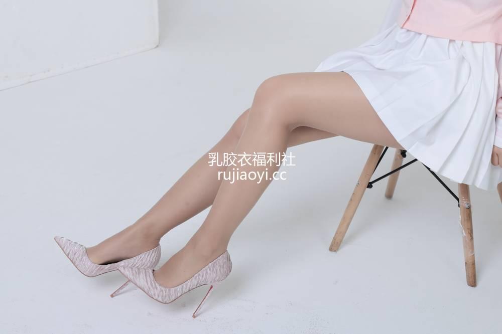[奈丝写真] NO.071:高高-粉色JK制服 [35P165MB]