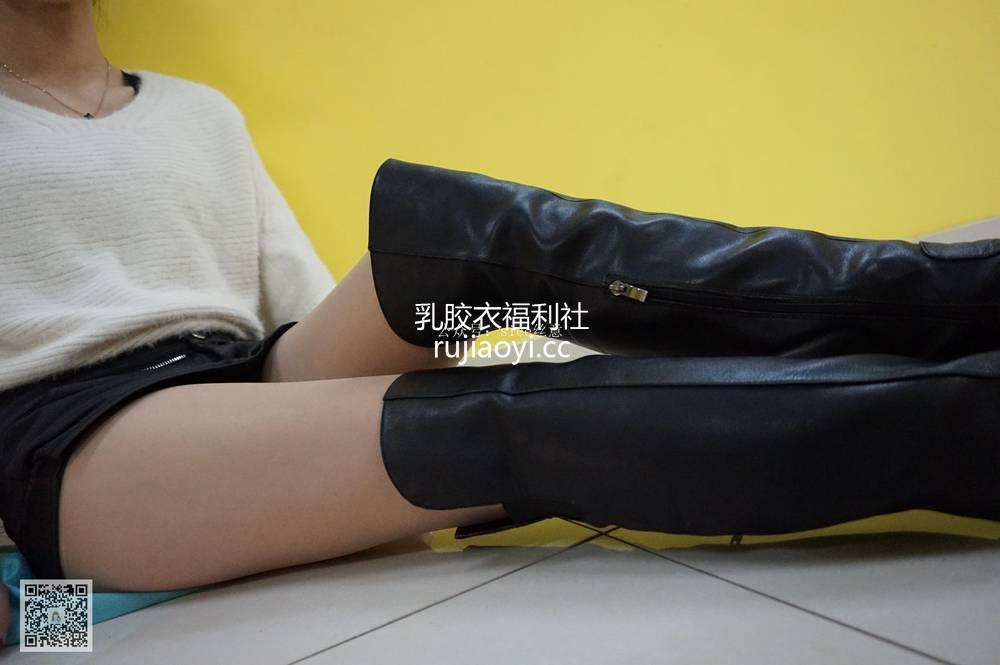 [SIEE丝意] NO.035 依依的肉丝长筒靴 [77P100MB]