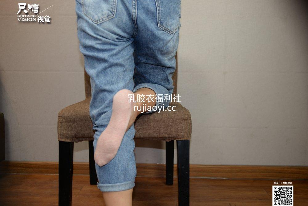 [只糖原创] NO.023 牛仔裤贝壳头搭配船袜 [159P479MB]