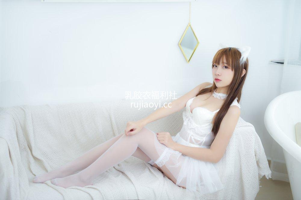 [网红杂图] 二佐Nisa - 宠物少女 私房白婚纱 [28P178MB]