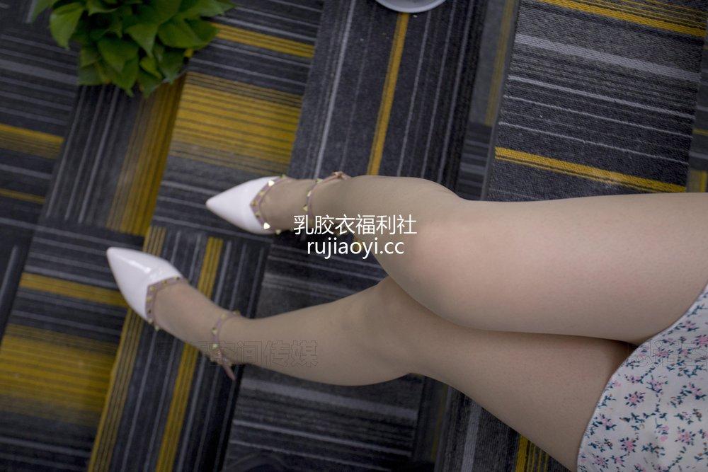 [SiHua丝话] No.206 诗诗 老板的办公小秘 [50P167MB]