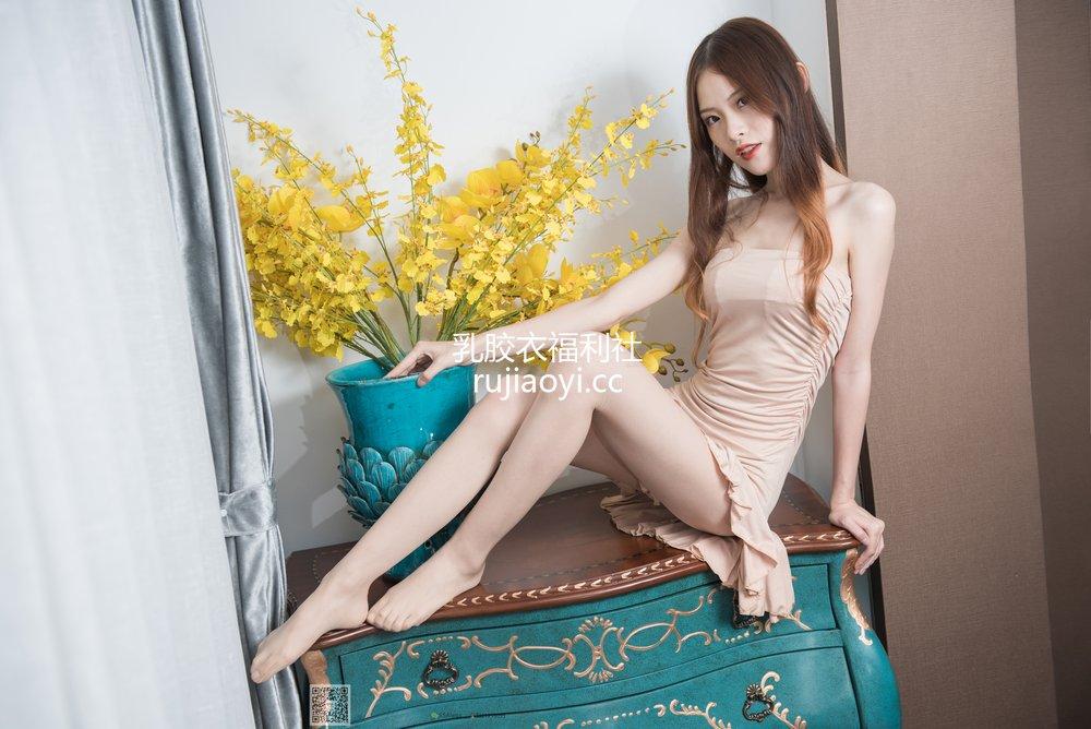[SSA丝社] 超清写真 No.006 琪琪的小裙子 [112P1.26GB]