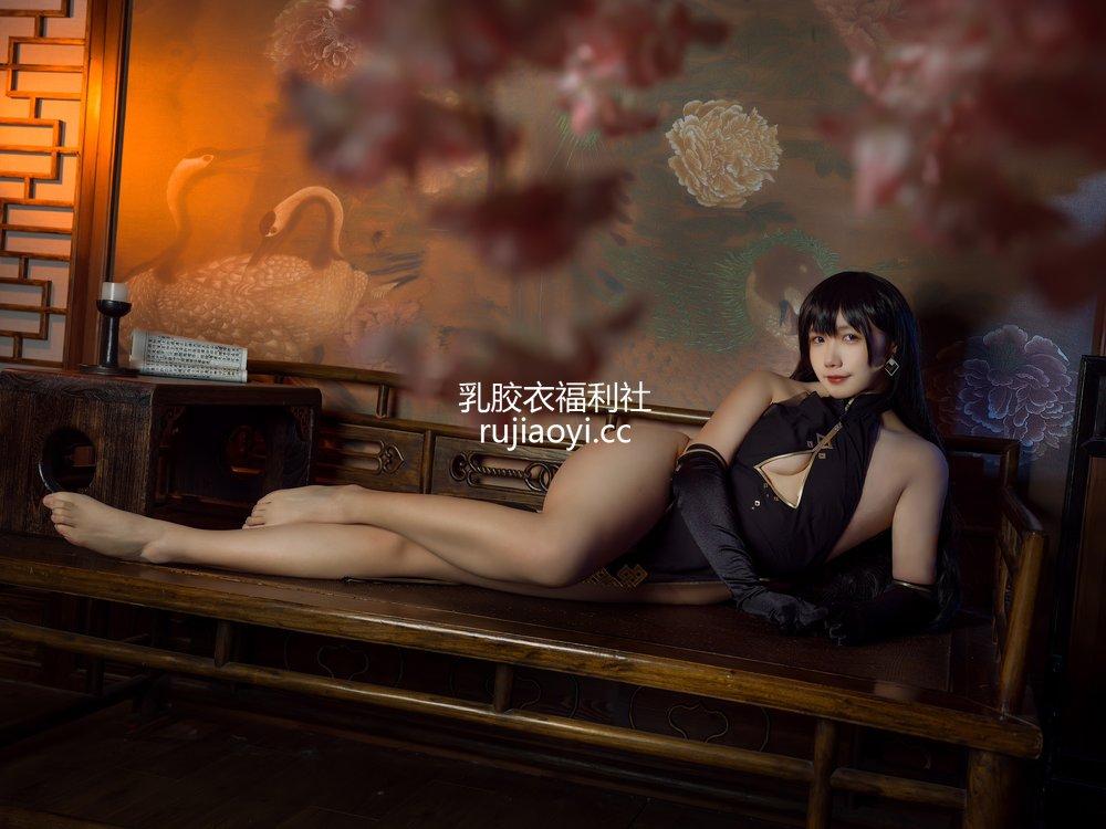 [网红杂图] 麻花麻花酱 - 特典旗袍 [25P184MB]