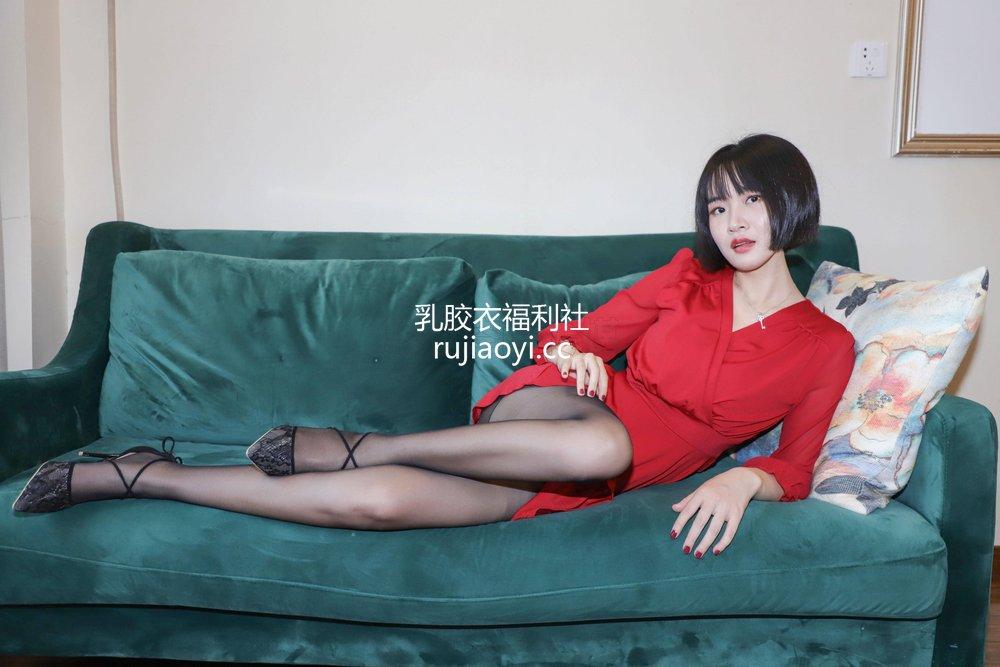 [SiHua丝话] SJ-033 新模沐沐子 红裙皮鞭の性感尤物 [43P80MB]