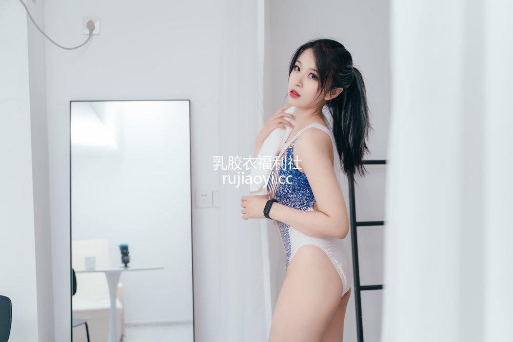 [网红杂图] 轩萧学姐 - 竞泳 [27P456MB]